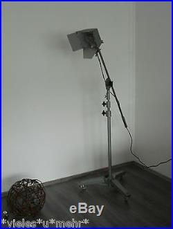 Jupiterlicht Berlin, Vintage german Studio light on huge stand, Movie spotlight